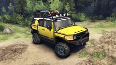Toyota FJ Cruiser de color amarillo