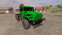 Ural-5557 grúa verde