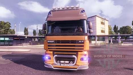 El azul del resplandor de los faros para Euro Truck Simulator 2