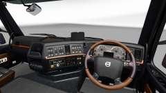 Negro y marrón, interior de la Volvo