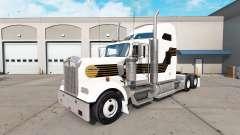 La piel de Negro y Oro en el camión Kenworth W90
