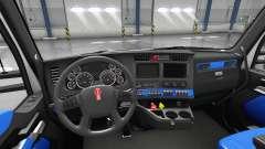 Azul Kenworth T680 interior
