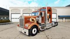 La piel de Los Osos Den en el camión Kenworth W9