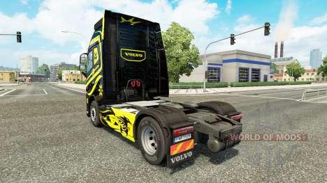 Pieles de Negro Y Amarillo en Volvo trucks para Euro Truck Simulator 2