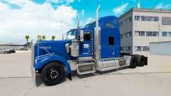 La piel YRC Freight en el camión Kenworth W900
