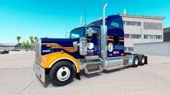 La piel de los Denver Broncos en el camión Kenwo