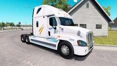 La piel de Swift en el tractor Freightliner Casc