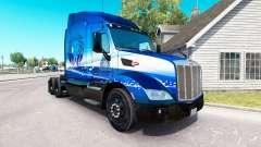 La piel Azul León de Transporte en el tractor Pe