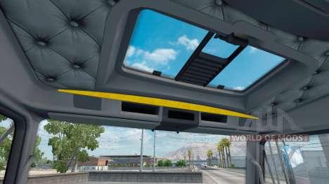 El interior es de color Amarillo-gris Kenworth W900 para American Truck Simulator