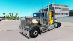 La piel de Mad Max en el camión Kenworth W900