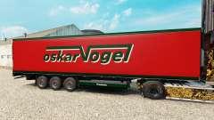 La piel Oskar Vogel en el semirremolque-el refri