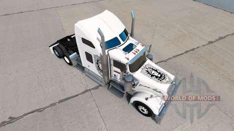 La piel de Black Ops v1 en el camión Kenworth W900 para American Truck Simulator