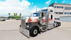 La piel del Toro en el camión Kenworth W900