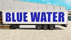 La piel en el Agua Azul de la cortina semi-remol