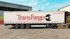 La piel Trans Fargo en una cortina semi-remolque