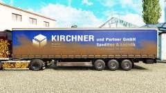 La piel de Kirchner en una cortina semi-remolque