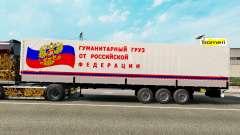 Un semirremolque llevar humanitaria de carga
